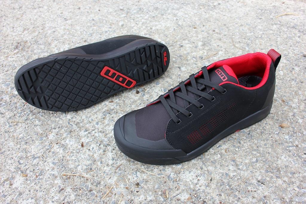 Ion Raid Amp Flat shoes