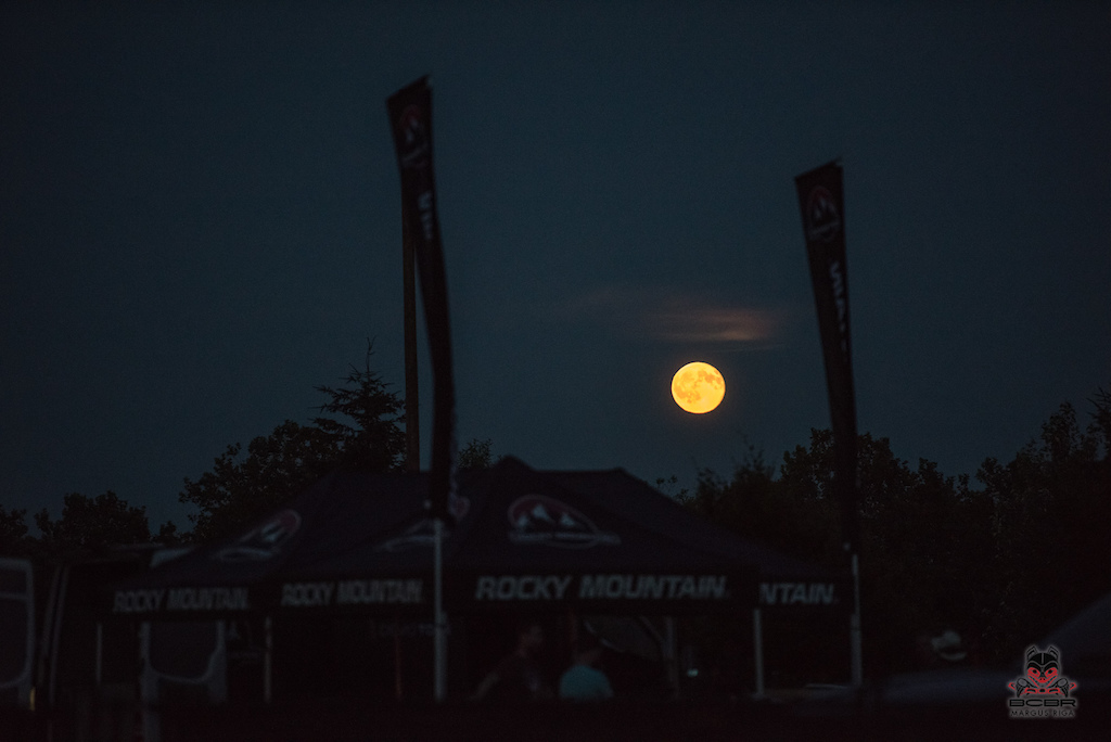 A full moon during race week means the trail wolves are coming out to play.