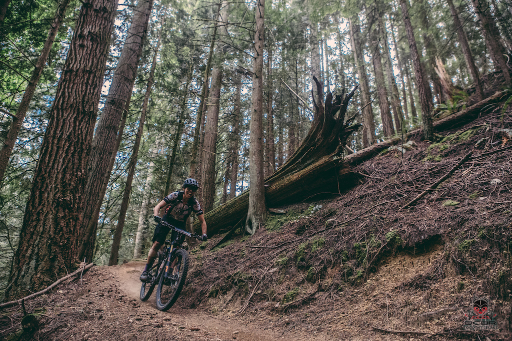Deb MacKillop won this years Kazlaw award which is a recognition from her community for her contribution to the mountain bike culture there. A former BC Cup Downhill Champion, she's been leading the charge on all the descents she can manage to get a clear shot at.