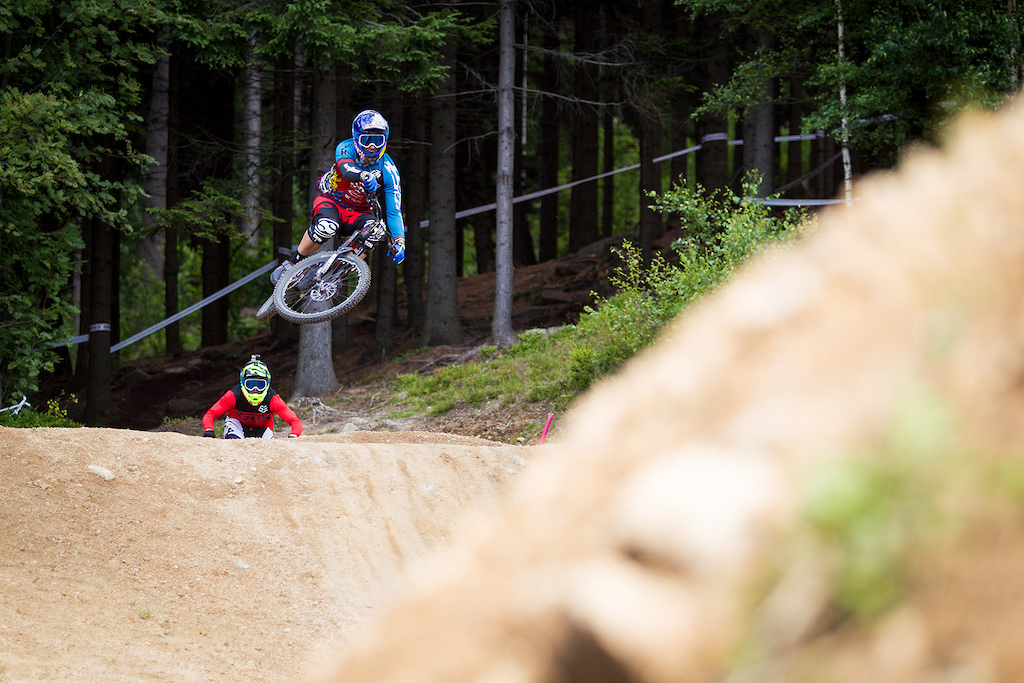 First practice during round 4 of the 2017 4X Pro Tour at JBC Bike Park, Jablonec, Scotland, Czech Republic on July 13 2017. Photo: Charles A Robertson