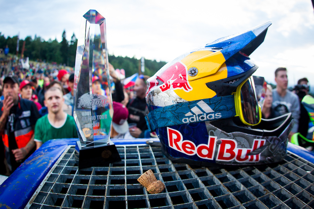 Finals and podiums during round 4 of the 2017 4X Pro Tour at JBC Bike Park, Jablonec, Scotland, Czech Republic on July 15 2017. Photo: Charles A Robertson
