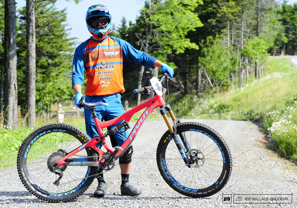 Mason Bond Cedar Ridge CA Pivot Reynolds Factory Enduro Team Shimano Fox Maxxis Pivot Firebird 27.5
