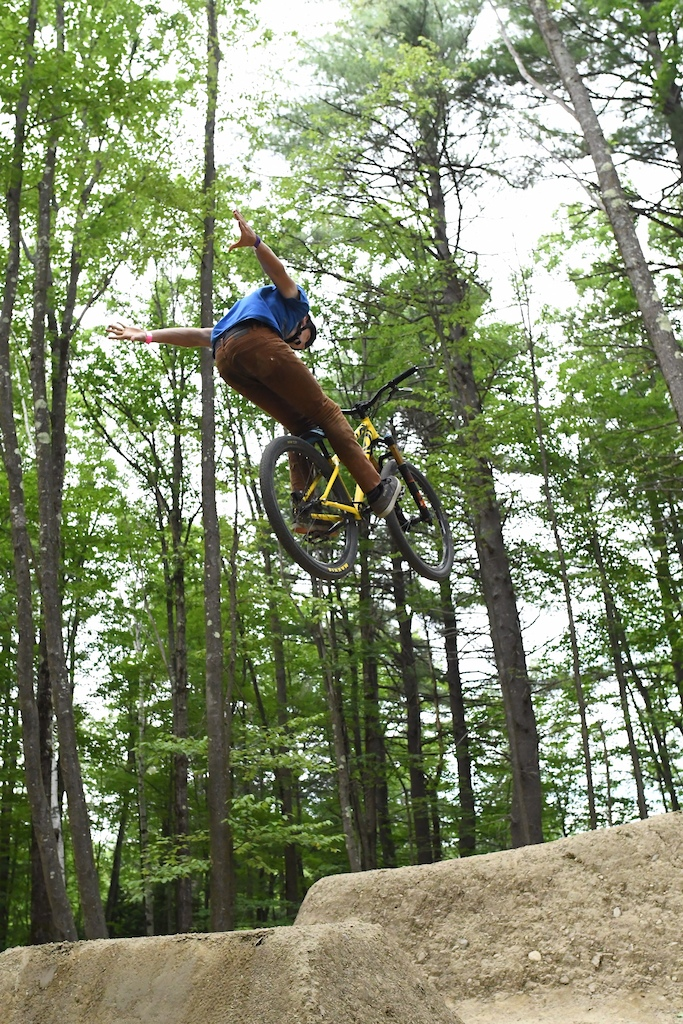 Kevin Sweeney rides Highland Mountain