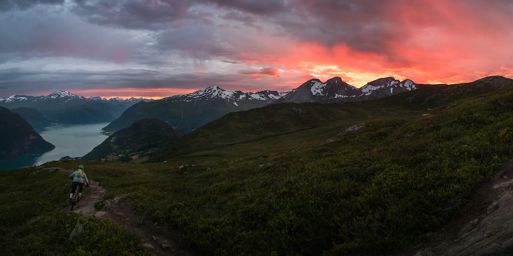 Sunset riding on Mefjellet, Møre og Romsdal, Norway.