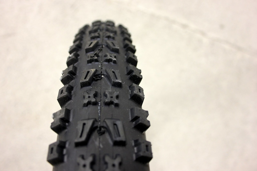Onza Citius Tire - Review