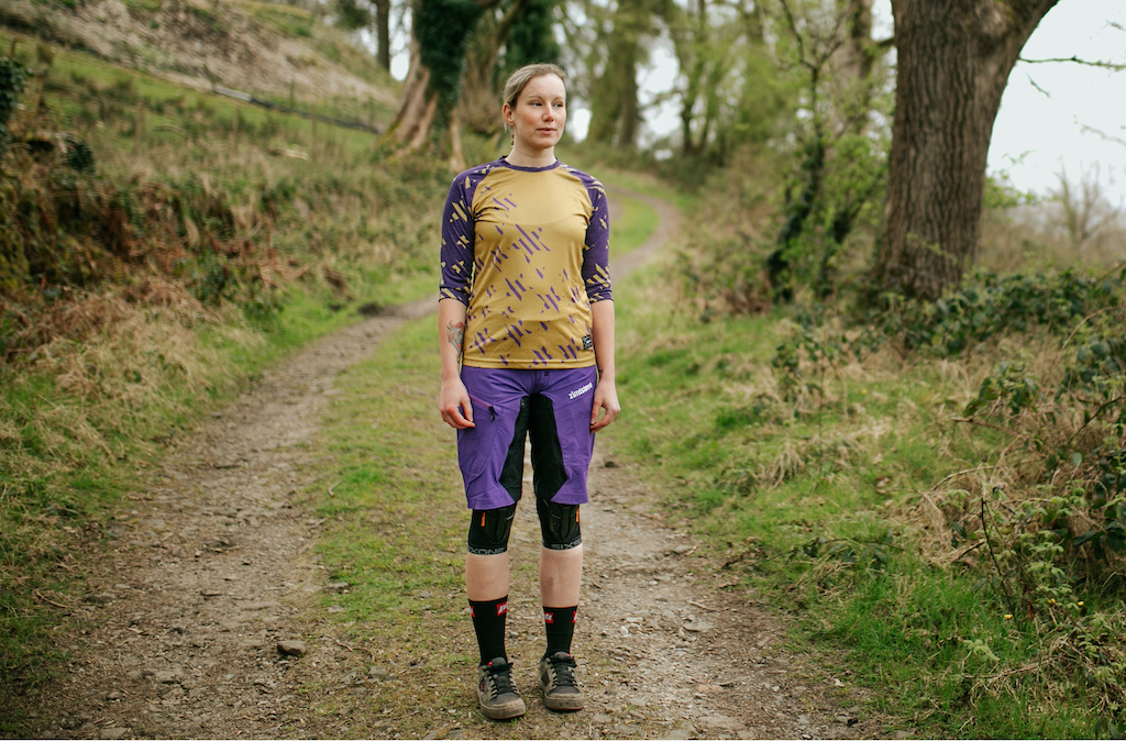 Zimtstern Kelzie Jersey and Taila Short Review.  Photo: Sam Dugon