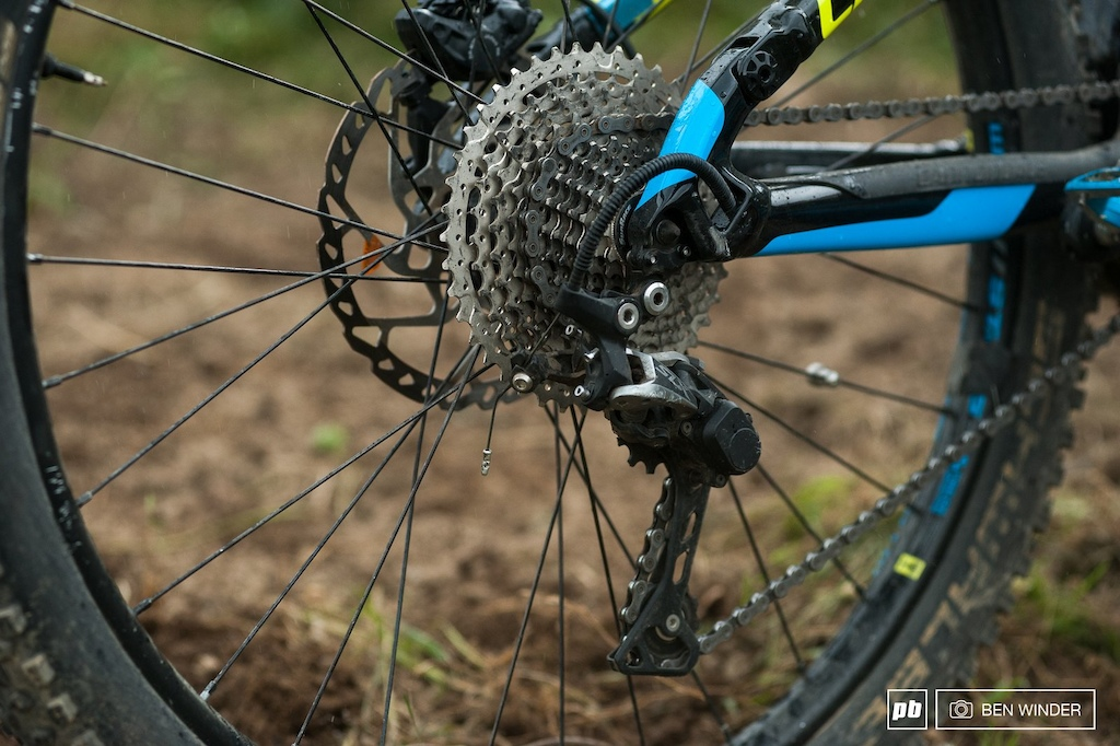 SLX drivetrain on the other hand struggles to take the extra load of the motor.