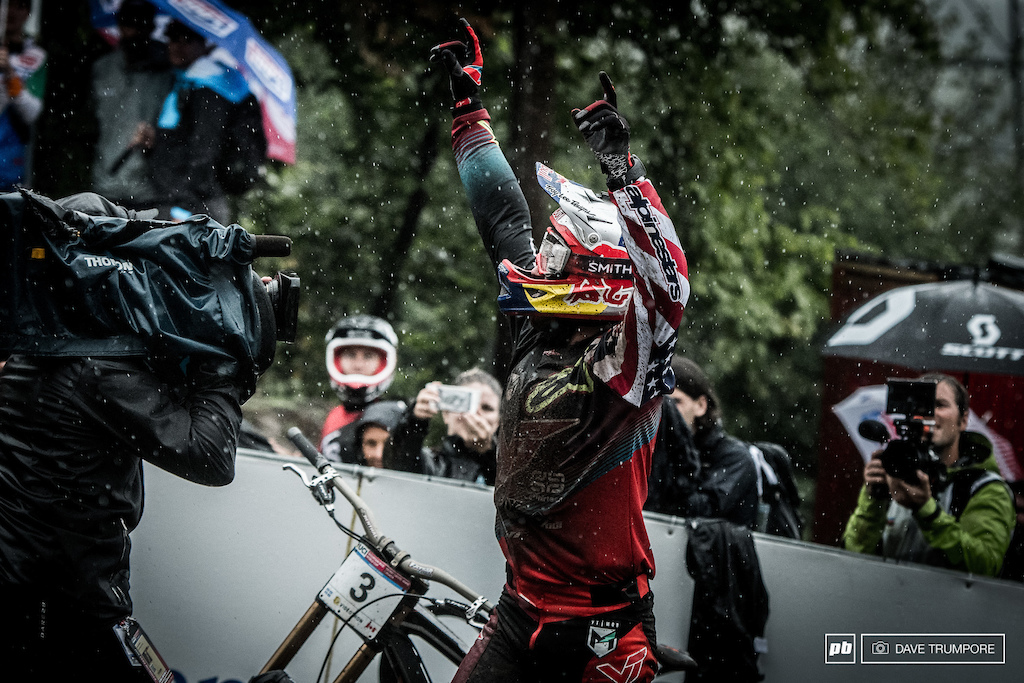 What a twist f fate for Aaron Gwin. After a puncture ruined his winning run last round in Lenzerheide, it looked as if the weather was going to derail his plans again in Mont Sainte Anne.  Gwin however was having none of it and put down one of the greatest runs of all time to do the impossible.