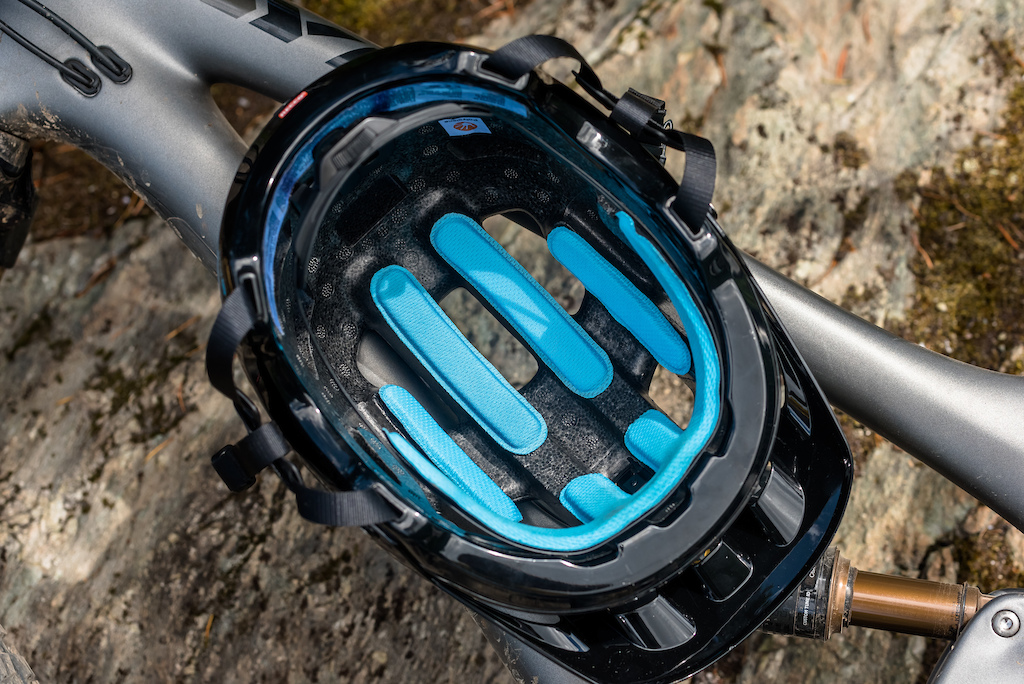 5b0c9f5279e POC Brings SPIN Helmet Technology to Mountain Biking - Pinkbike