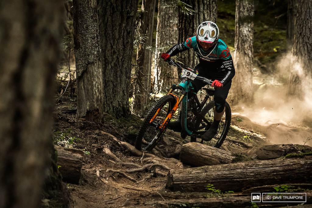A new longer air shock option was run by Jesse in Whistler. running the spring rate a bit softer than normal he would have almost the complete opposite setup t his teammate.