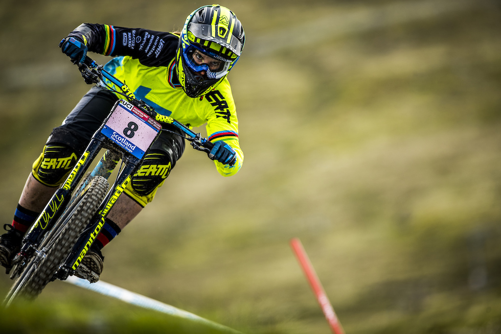 Morgane Charre racing Fort William DH World Cup 2017 Photo Sven Martin