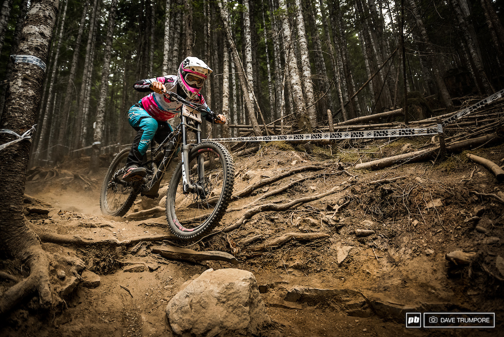 Tracey Hannah was pinned on every run and none of the other women could even come close.