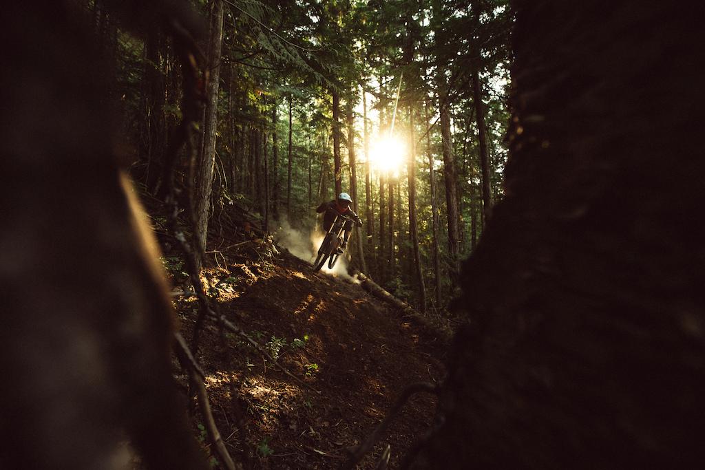 Photo Robb Thompson