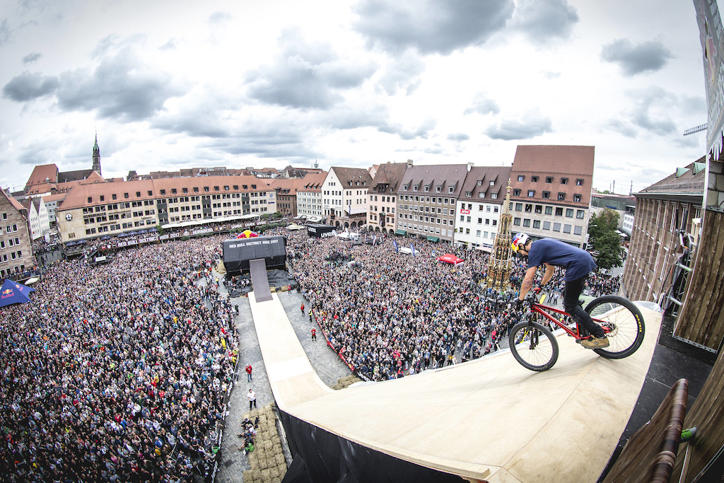 Szymon Godziek of Poland performs during the finals of the Red Bull District Ride 2017 in Nuremberg Germany on September 2nd 2017 Marc M ller Red Bull Content Pool P-20170902-27896 Usage for editorial use only Please go to www.redbullcontentpool.com for further information.