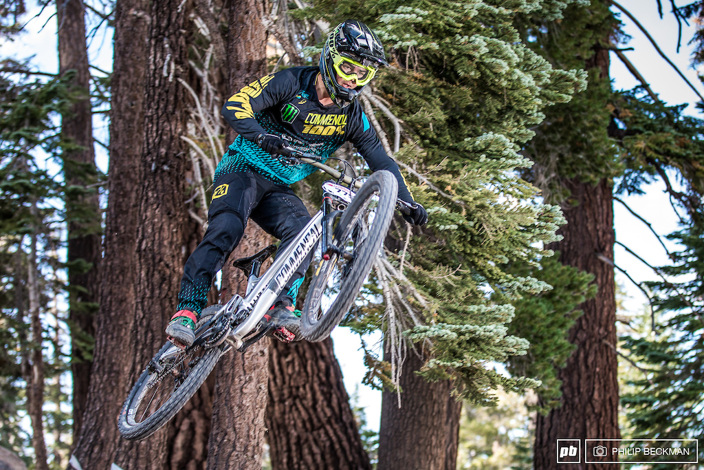 Steven Walton Commencal was first down the hill in qualifying seeding for the Junior Experts setting a time no one else would touch by a comfortable margin.