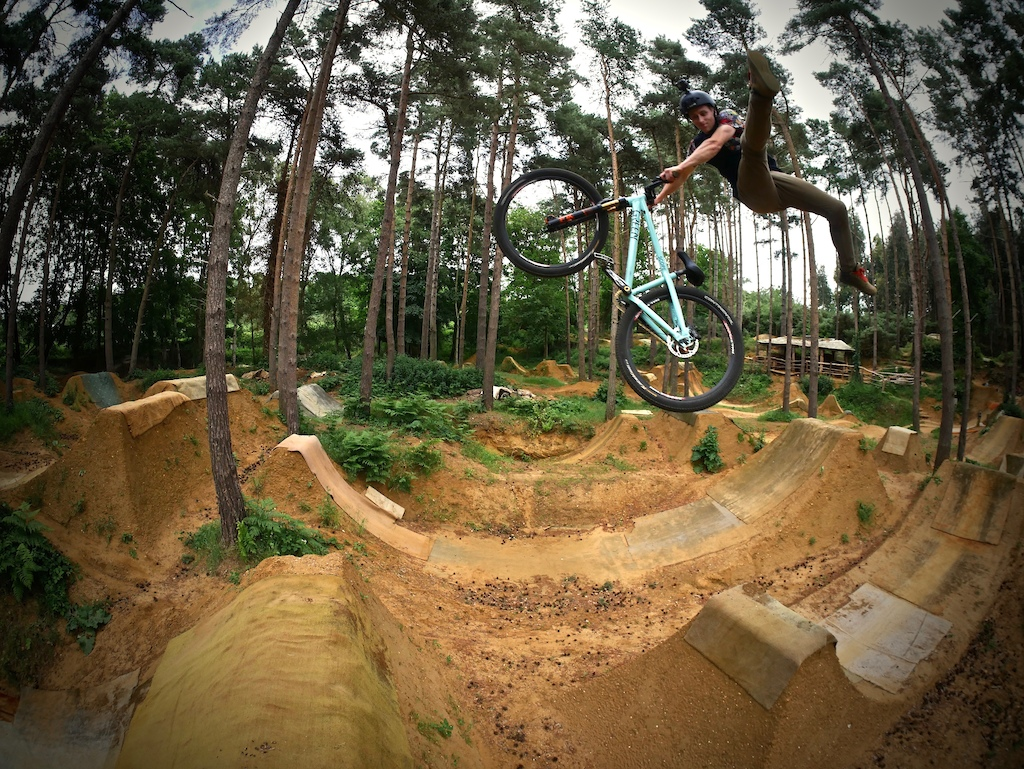 Getting to Know Tom Cardy Hardtail Hucker