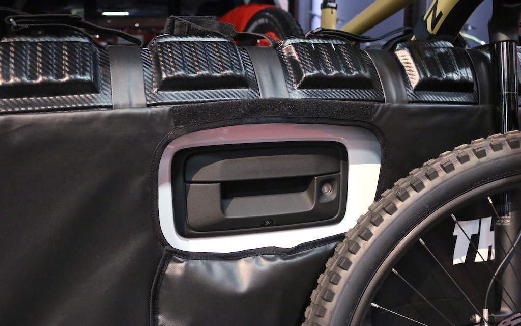 Thules Tailgate Solution And New MTB Backpacks