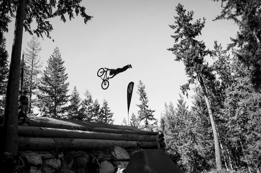 Classic Superman Seat Grab by Paul Genovese. Ian Collins