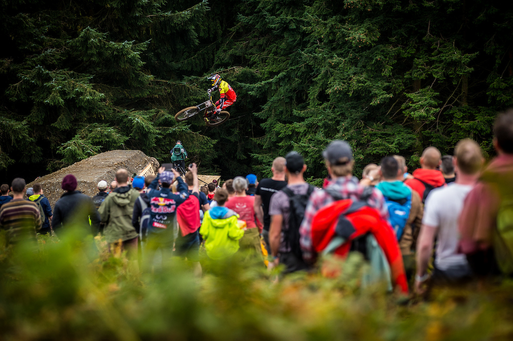 Sam Reynolds and Alex Fayolle at Red Bull Hardline 2017