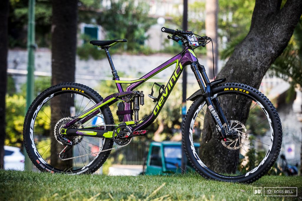 Damien Oton Bike Check