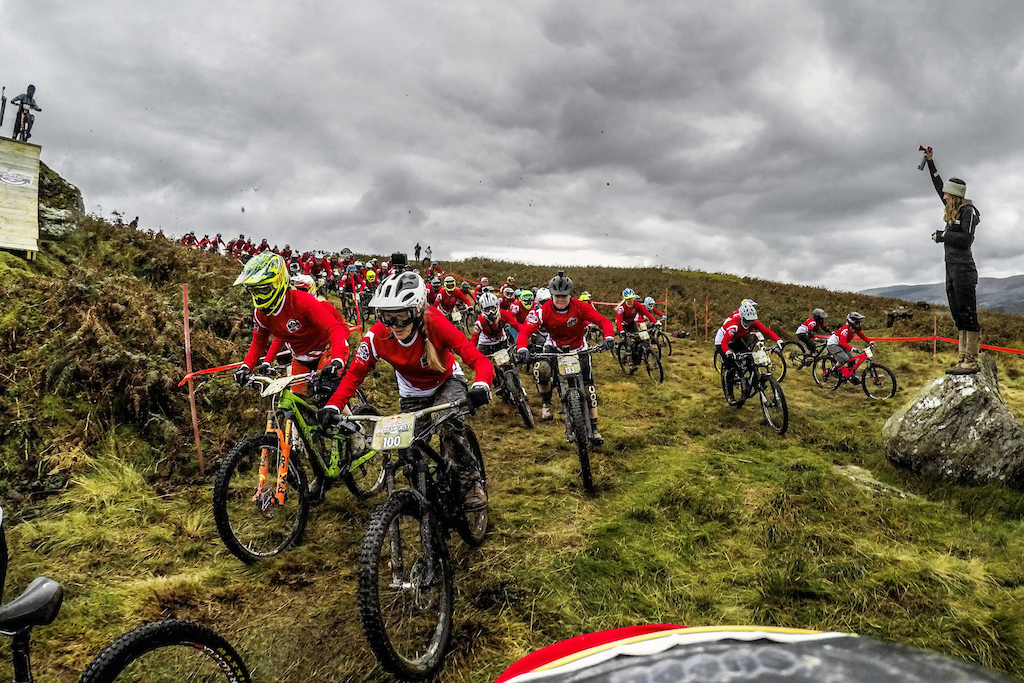 Participants compete during Red Bull Foxhunt in Wales UK on October 8 2017 Olaf Pignataro Red Bull Content Pool P-20171008-01954 Usage for editorial use only Please go to www.redbullcontentpool.com for further information.