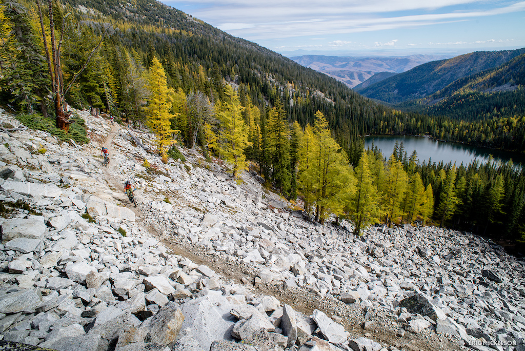 Grinding up to Horsehead Pass on a spectacular autumn day.  Eagle Lake in the distance.