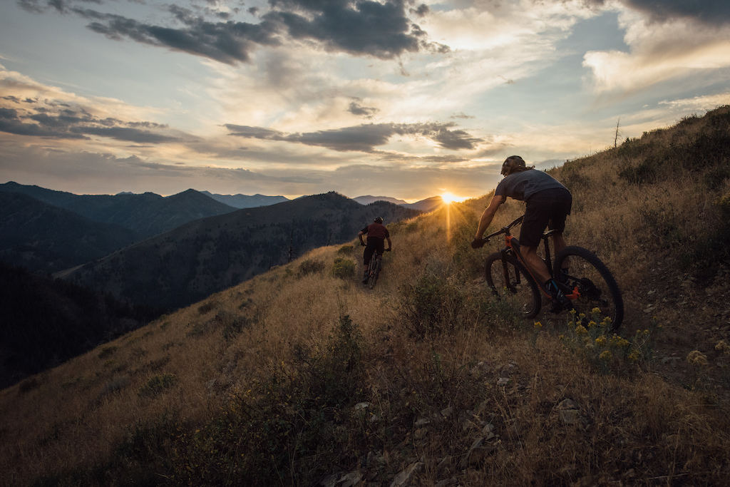 In the Valley of the Sun with Thomas Vanderham & Sam Schultz.