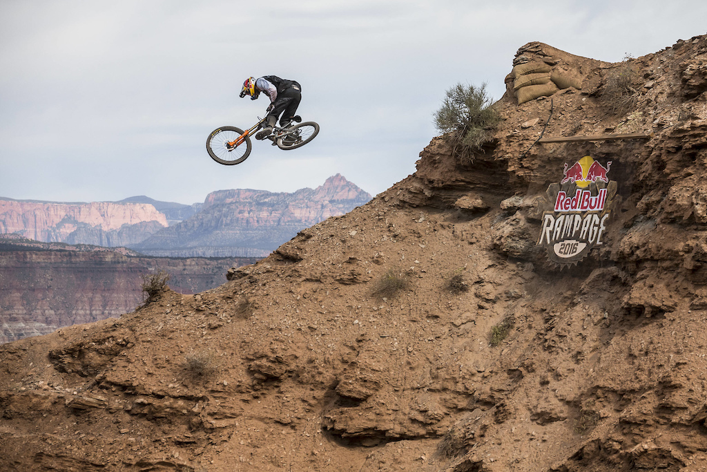 Thomas Genon competes at Red Bull Rampage in Virgin Utah USA on 14 October 2016. Garth Milan Red Bull Content Pool P-20161015-00466 Usage for editorial use only Please go to www.redbullcontentpool.com for further information.