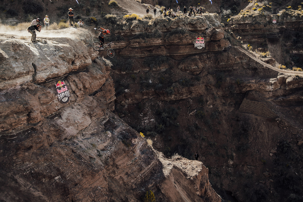 Kyle Strait competes at Red Bull Rampage in Virgin Utah on October 27th 2017 Bartek Wolinski Red Bull Content Pool P-20171028-00755 Usage for editorial use only Please go to www.redbullcontentpool.com for further information.