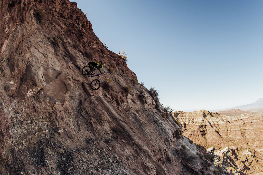 Pierre-Edouard Ferry competes at Red Bull Rampage in Virgin Utah on October 27th 2017 Bartek Wolinski Red Bull Content Pool P-20171028-00749 Usage for editorial use only Please go to www.redbullcontentpool.com for further information.