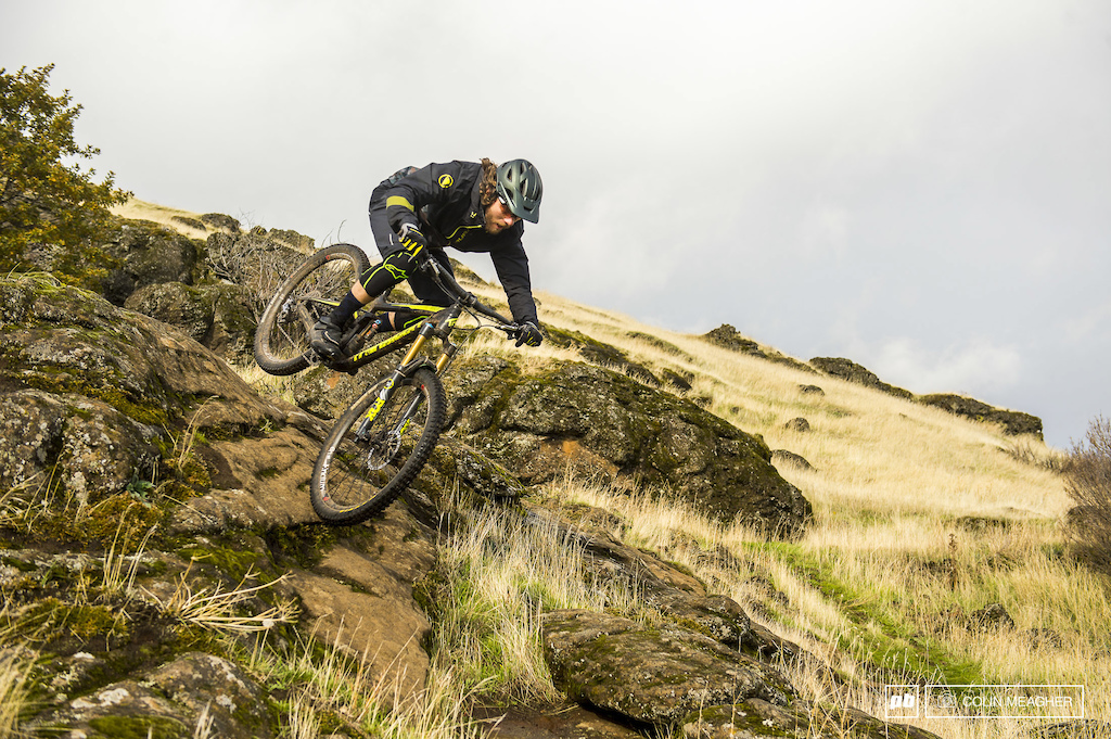 Endura Singletrack Jacket II and MT 500 Waterproof II Short