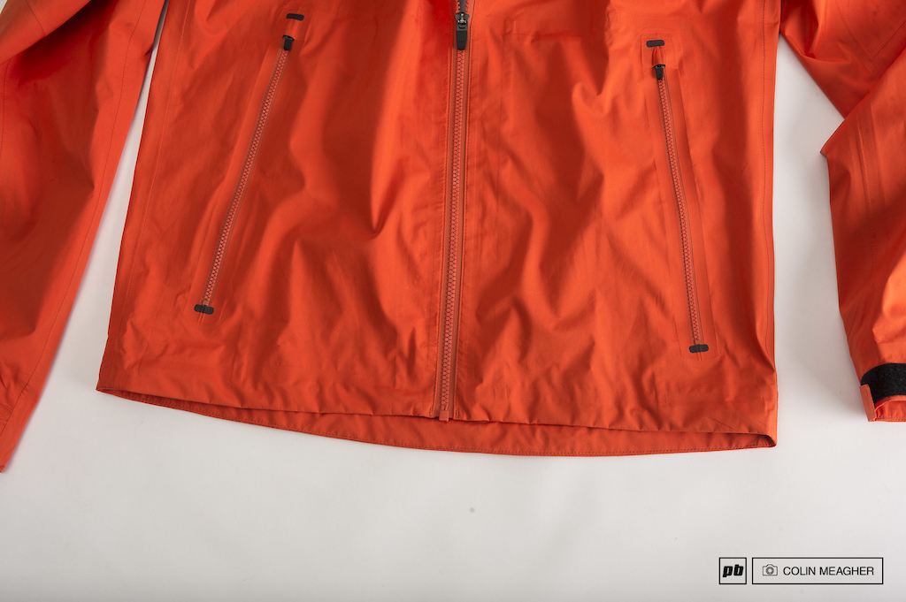 Specialized Atlas XC Comp Short with Liner and Deflect H2O Mountain Jacket