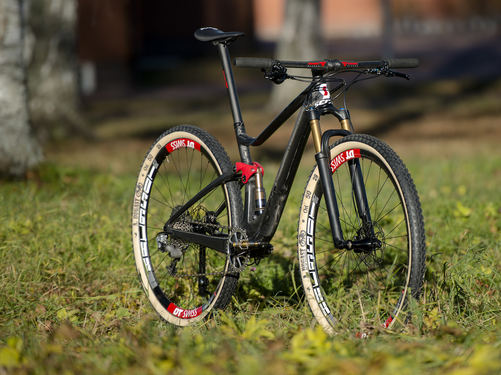 World s lightest 29er