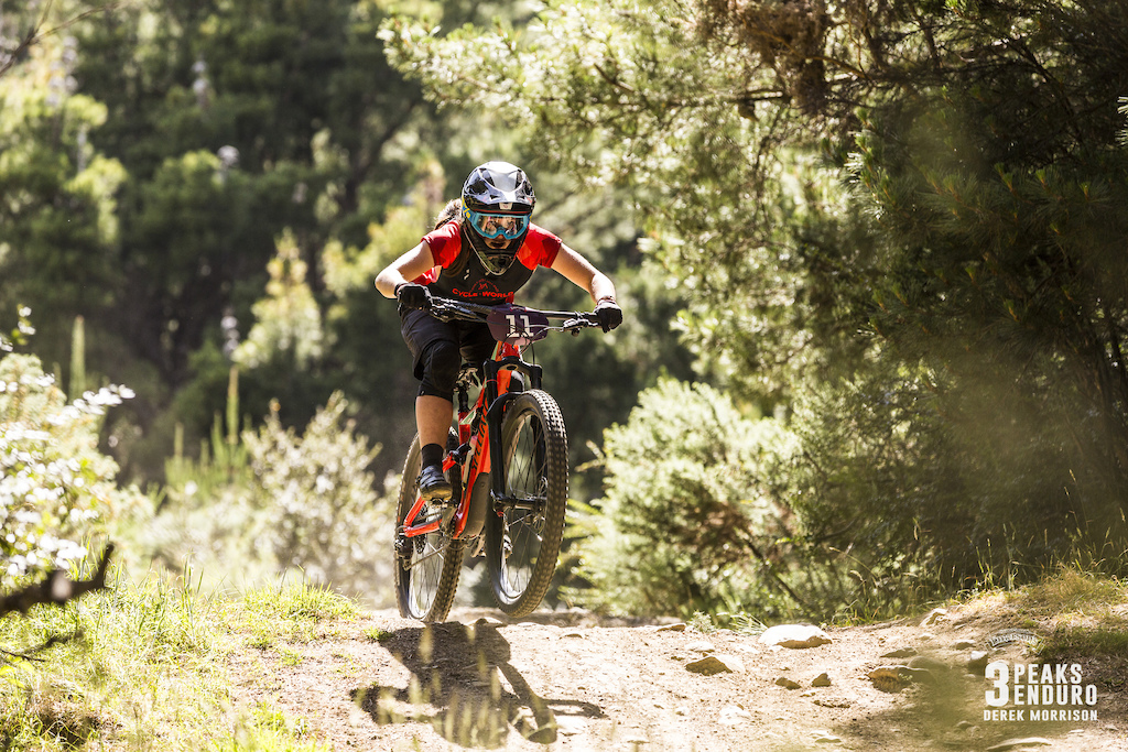 Junior rider Shannon Hope on the pace of the EWS girls at the 2017 Emerson s 3 Peaks Enduro in Dunedin New Zealand.