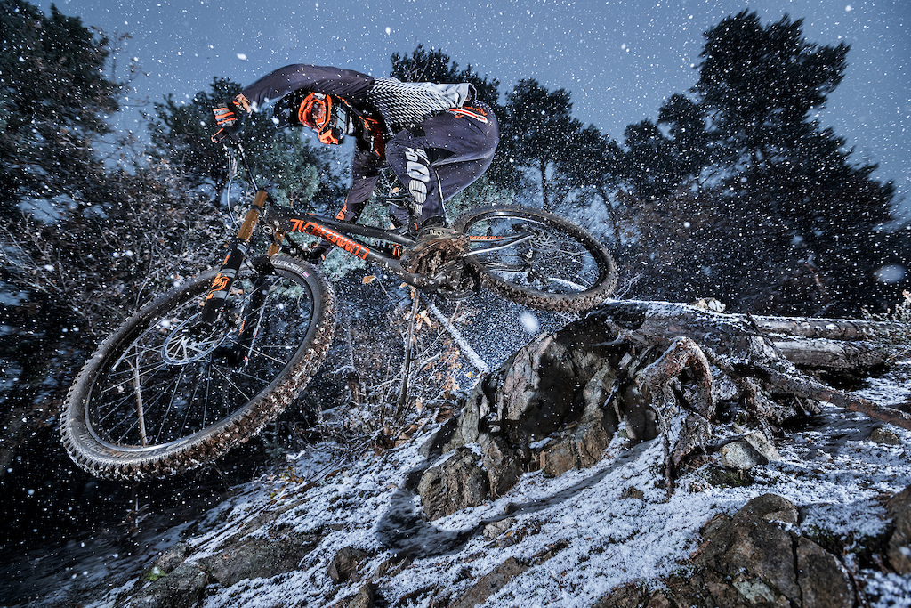Images for SUPREME DH 29 with Amaury Pierron