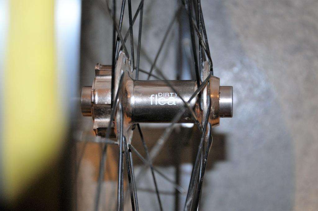 0 SunRims Equalizer 27 rim + Dirty Flea 15mm hub