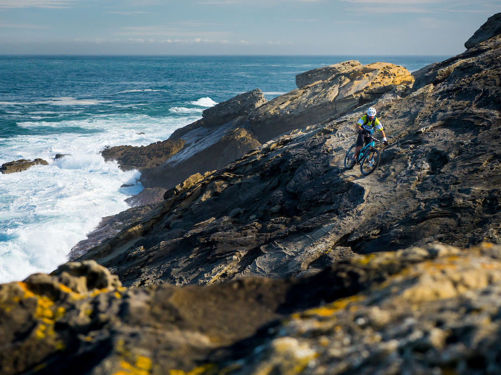 Riding on the coast never disappoints, especially if there are good waves. 