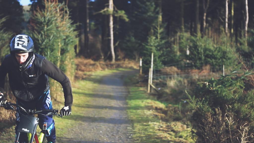Young welsh ripper Rhys Barter shredding cwmcarn.