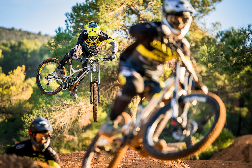 Commencal Vallnord Team 2018