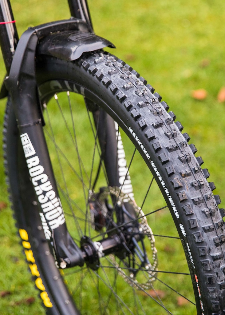 "Evil Following MB 29er with Maxxis High Roller II 2.5"" WT 3C EXO TR Tyres"