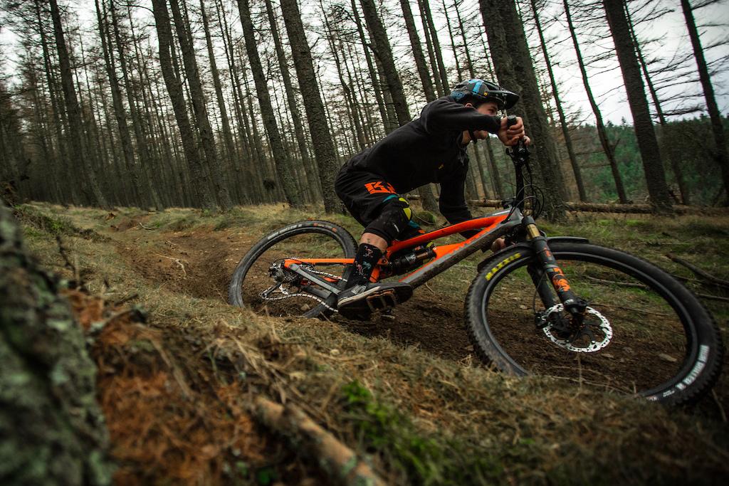 88ce1f6d1e0 Nukeproof Announces New 'Horizon' Wheelset - Video - Pinkbike