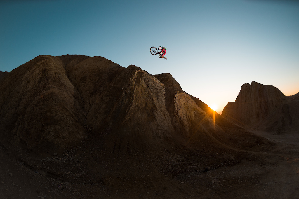 Mining for Nugs - Some of the rad photos Kirt and I got while filming for the Niner bikes video.