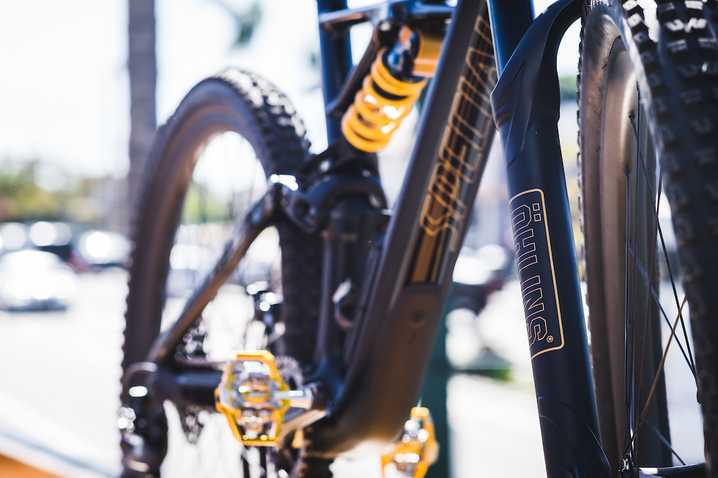 2018 Specialized Enduro Ohlins coil version