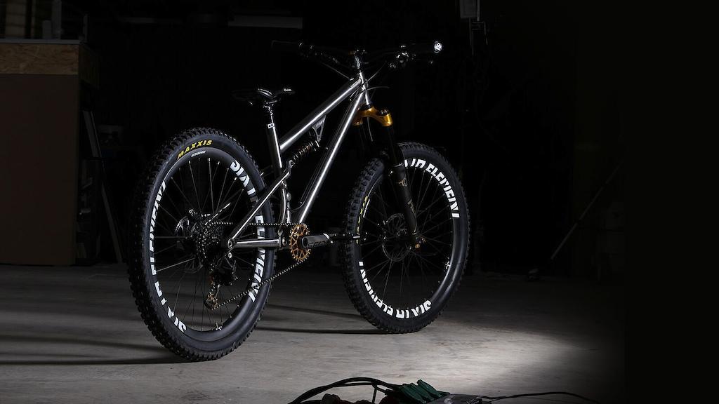41925fa85e1 Kingdom Bike Announces Vendetta XFS Titanium Trail Bike - Pinkbike