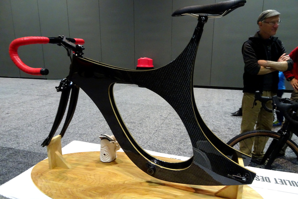 NAHBS 2018 Juliet wood carbon road frame