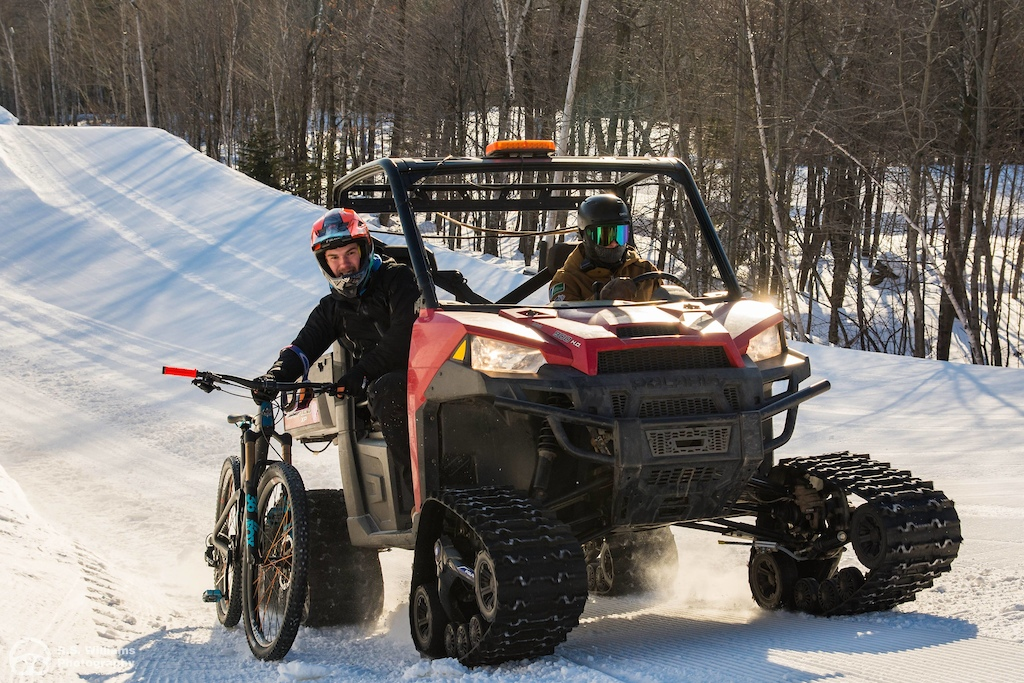 The best winter Shuttle available Tracked UTV