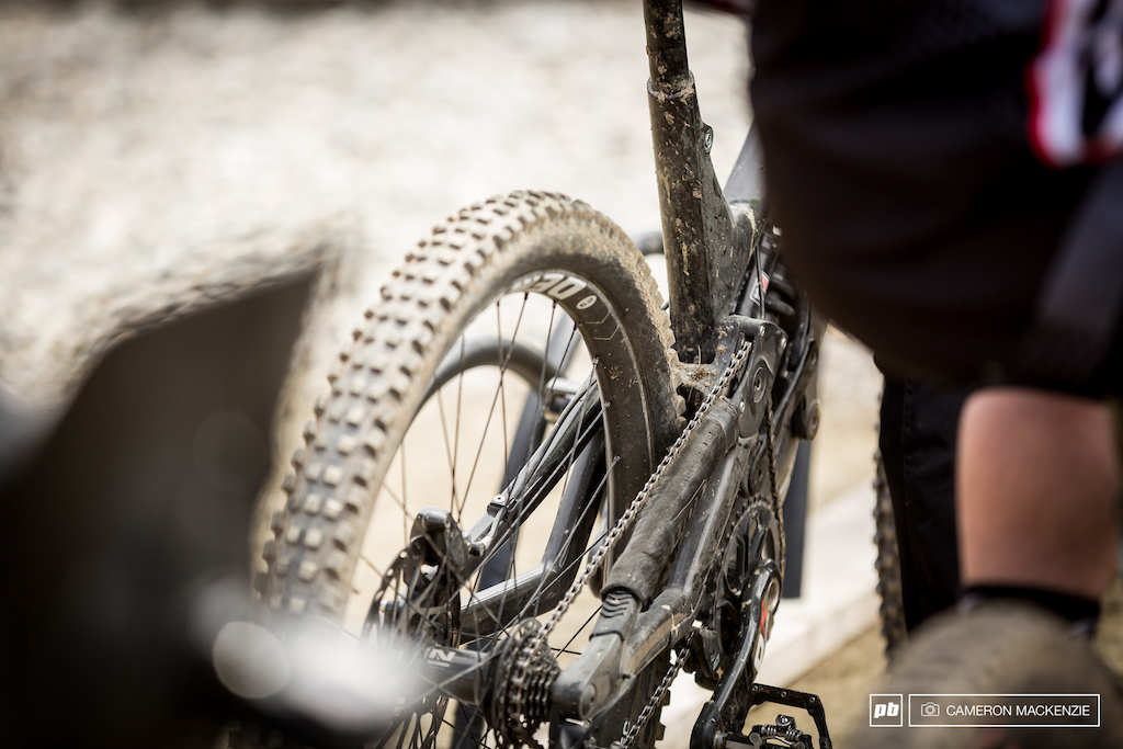 Spotted - Sam Blenkinsop s prototype 29 wheeled norco dh rig and 29 BlackBox Rockshox boxer fork