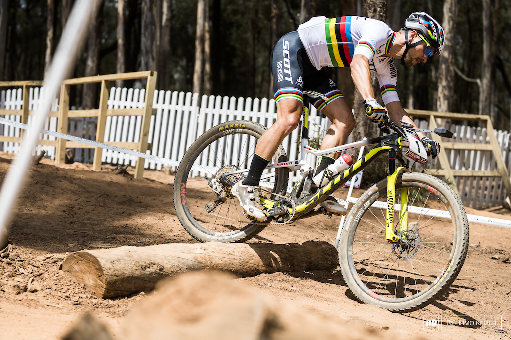 Nino Schurter wireless SRAM Eagle Photo by Irmo Keizer