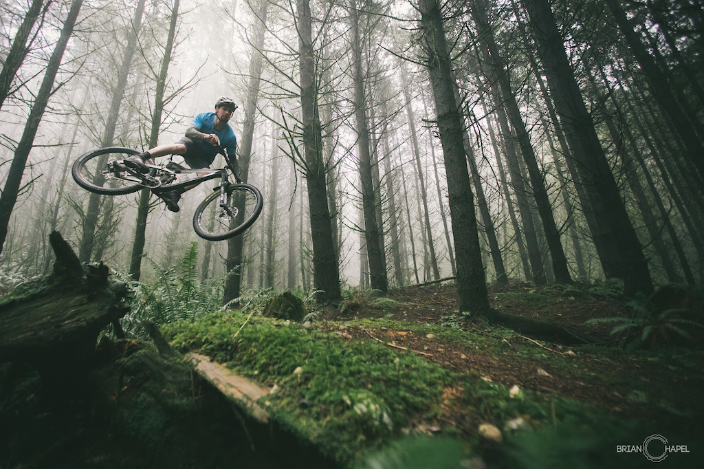 Rippin through foggy Bellinaham woods.