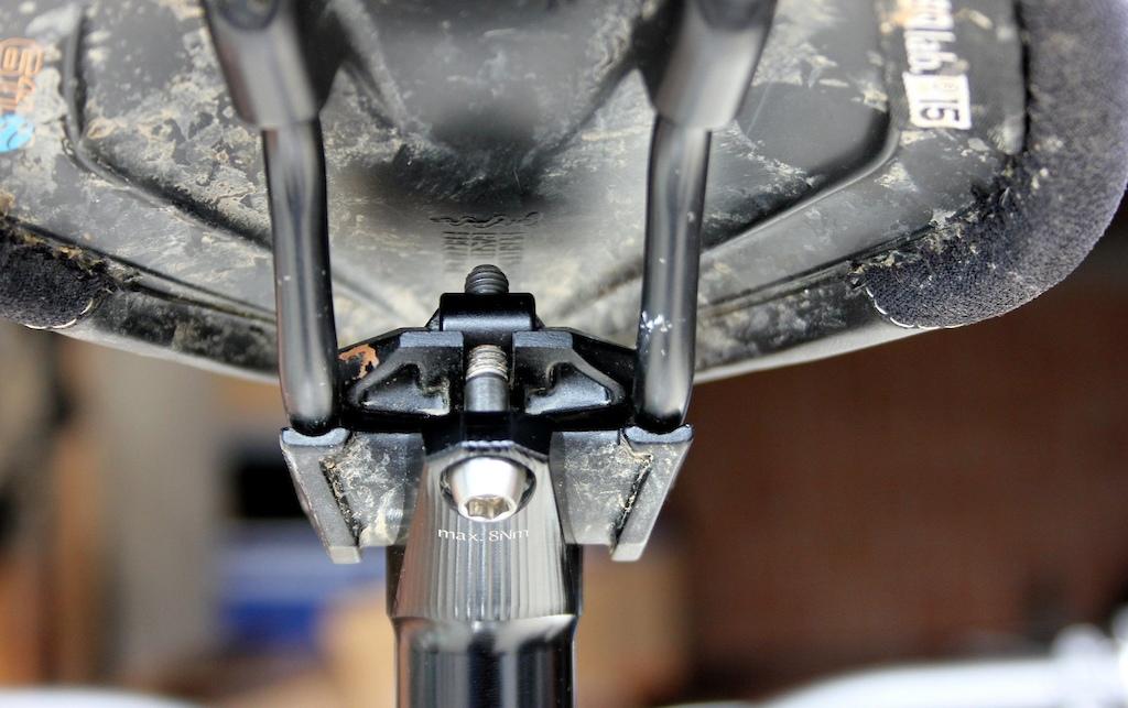 Vecnum moveLOC seat clamp
